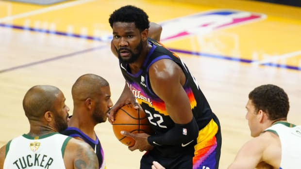 Phoenix Suns center Deandre Ayton (22) against the Milwaukee Bucks during game one of the 2021 NBA Finals at Phoenix Suns.