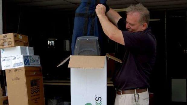 Ship Sticks arrive at Pinehurst Resort