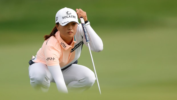 Jin-Young-Ko-leads-after-Day 2