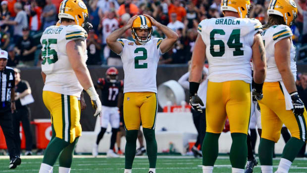 Mason Crosby reacts to a miss.