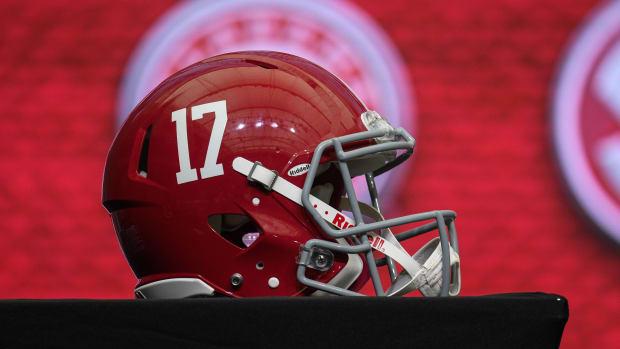 An Alabama helmet at a presser.