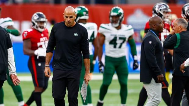 Jets head coach Robert Saleh walks off field after loss