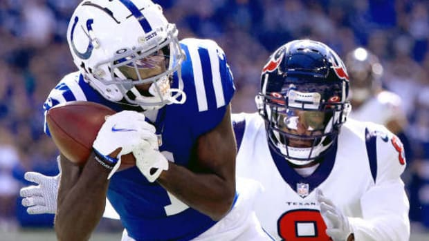 INDIANAPOLIS, INDIANA - OCTOBER 17: Parris Campbell #1 of the Indianapolis Colts catches a pass for a touchdown against Terrence Brooks #8 of the Houston Texans in the first quarter at Lucas Oil Stadium on October 17, 2021 in Indianapolis, Indiana. (Photo by Justin Casterline/Getty Images)