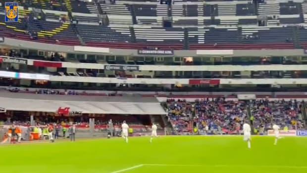 Gignac's incredible free-kick goal vs Cruz Azul