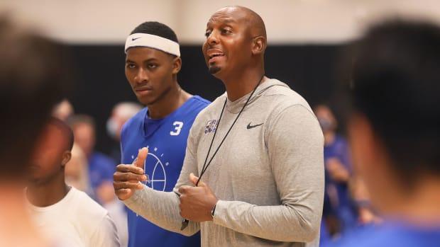 Memphis coach Penny Hardaway at a recent practice