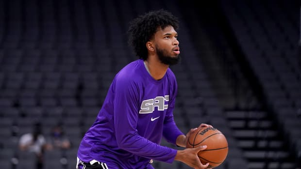 Marvin Bagley with the Kings.