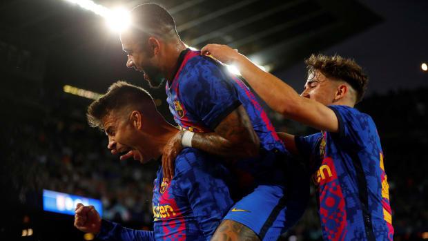 Barcelona-Dynamo-Kiev-Champions-League-Pique
