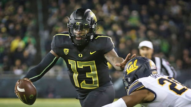 Oregon quarterback Anthony Brown Jr. vs Cal