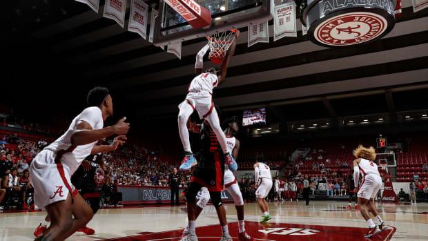 Keon Ellis dunk against Louisiana