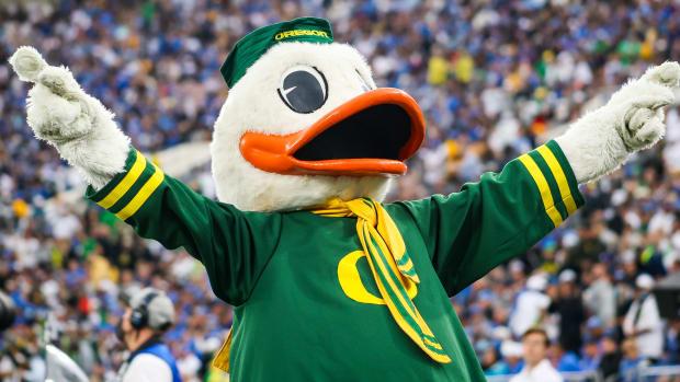 Oregon Duck UCLA