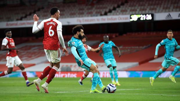 Mohamed Salah scores against Arsenal