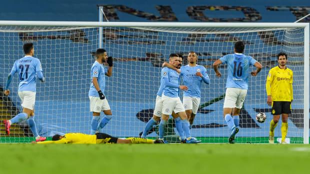 Phil Foden scores for Man City vs Dortmund