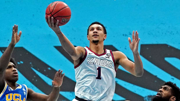 Gonzaga guard Jalen Suggs goes for a layup.