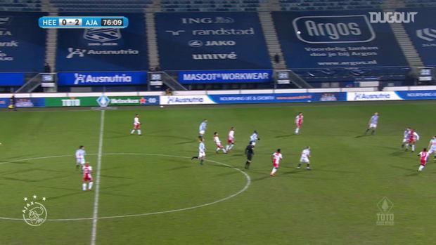 Haller's headed assist for David Neres vs Heerenveen