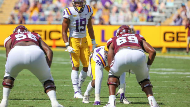 Sep 26, 2020; Baton Rouge, Louisiana, USA; LSU Tigers linebacker Jabril Cox (19) against the Mississippi State Bulldogs during the first half at Tiger Stadium. Mandatory Credit: Derick E. Hingle-USA TODAY Sports