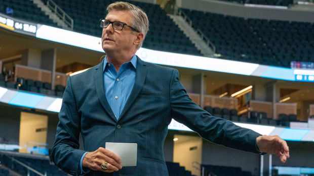 Warriors team president Rick Welts is retiring.