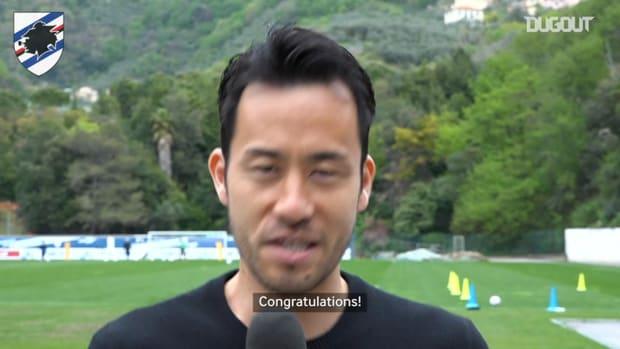 Maya Yoshida congratulates Hideki Matsuyama