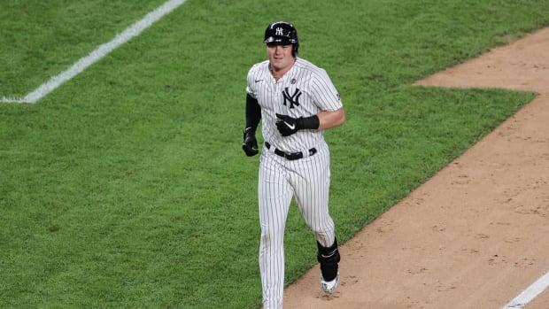 Yankees 1B Luke Voit home run