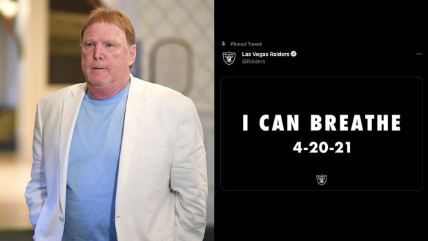 Raiders owner Mark Davis enters the NFL owners meetings
