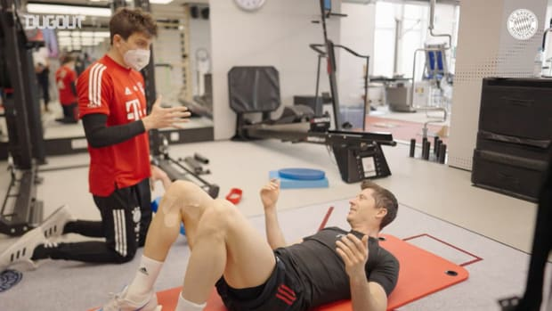 Behind the scenes: Robert Lewandowski's recovery from injury