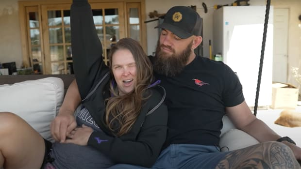 Ronda Rousey and her husband announce her pregnancy