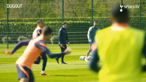 Ryan Mason takes charge of first Spurs training session