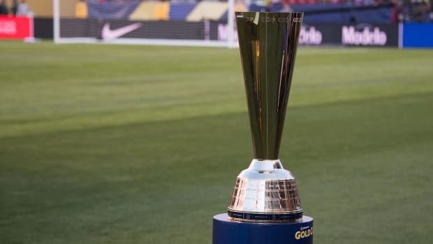 Concacaf-Gold-Cup-Trophy
