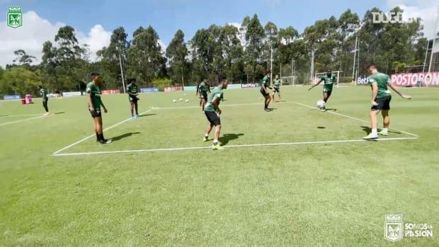 Atlético Nacional prepare for their game vs Universidad Católica