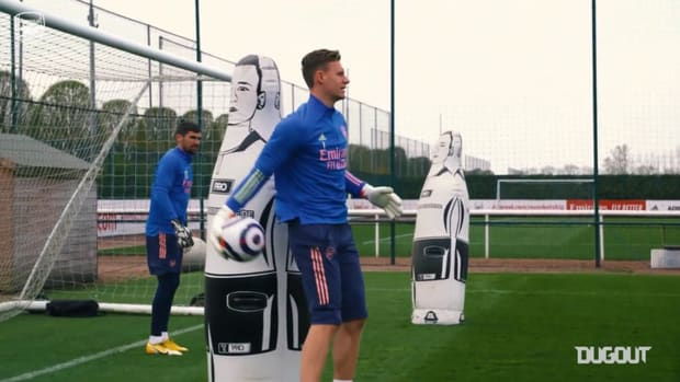 Arsenal stars prepare to face Everton