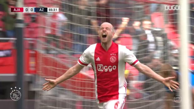 Klaassen edges Ajax closer to 35th Eredivisie title