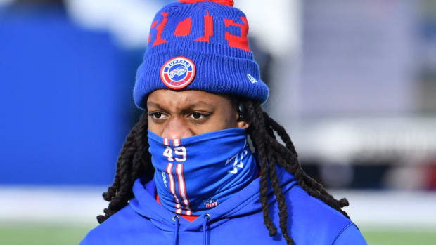Buffalo Bills middle linebacker Tremaine Edmunds (49) warms up prior to a playoff game against the Indianapolis Colts at Bills Stadium.