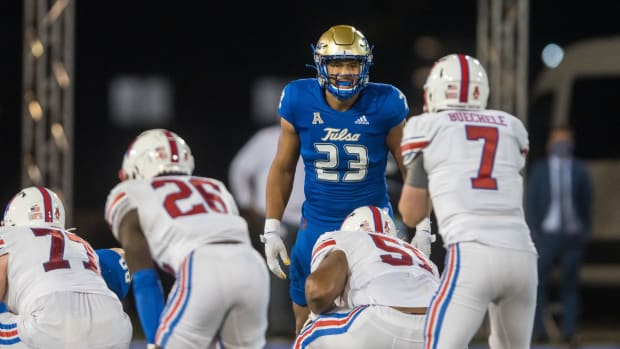 Tulsa Golden Hurricane linebacker Zaven Collins (23) looks over the Southern Methodist Mustangs offense during the game at Skelly Field at H.A. Chapman Stadium. Tulsa won 28-24.
