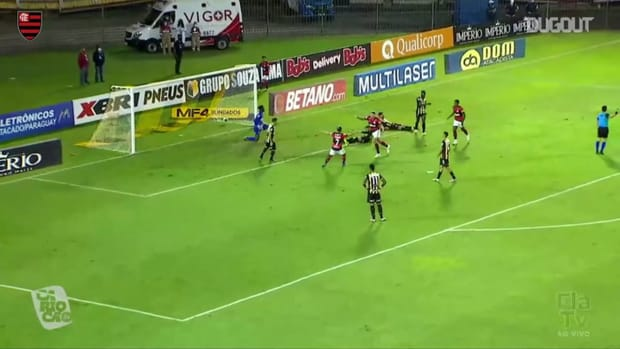 Pedro's hat-trick at Flamengo's victory over Volta Redonda