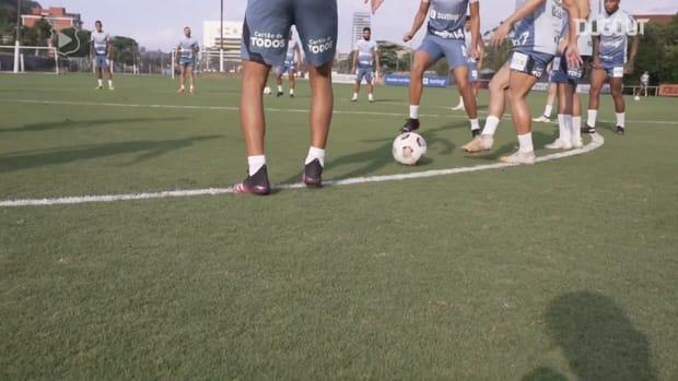 Santos trains focused on decisive match against The Strongest