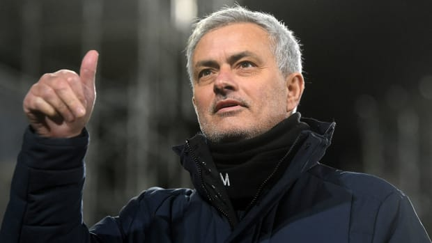 Roma hires José Mourinho as its manager