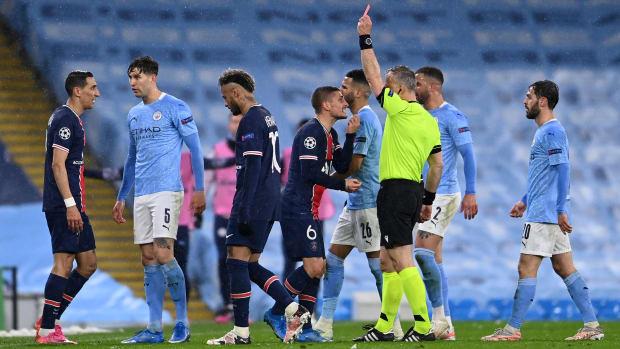 Angel Di Maria sent off against Man City