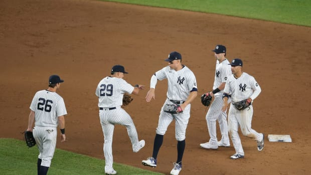 New York Yankees celebrate win