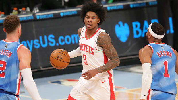 Houston Rockets shooting guard Kevin Porter Jr. dribbles the ball