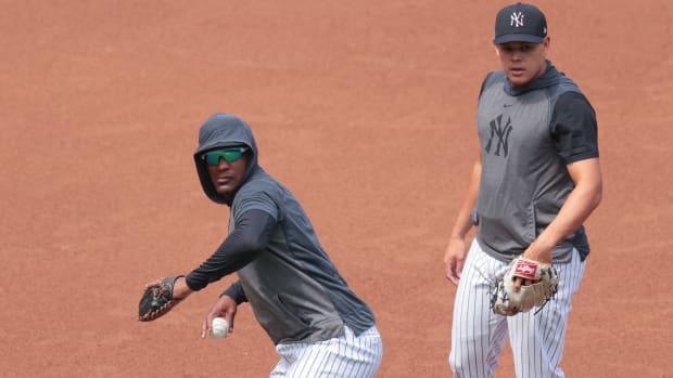 Yankees infielders Miguel Andujar and Gio Urshela