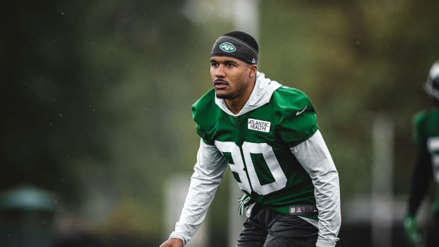 Jets defensive back Michael Carter II