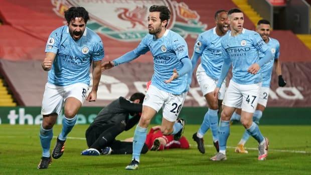 Manchester City wins the Premier League title