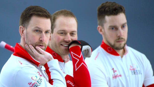 2021Brier_CAN Gushue chat_mb_sm