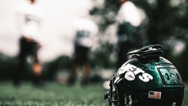 New York Jets helmet