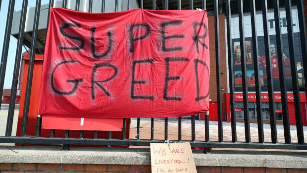 LIverpool-banner-Anfield