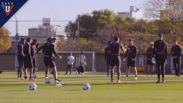 Liga de Quito's training at Boca Juniors's facilities