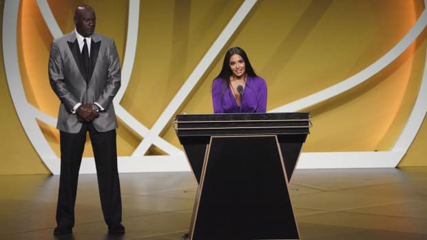 Vanessa Bryant giving Kobe's Hall of Fame speech