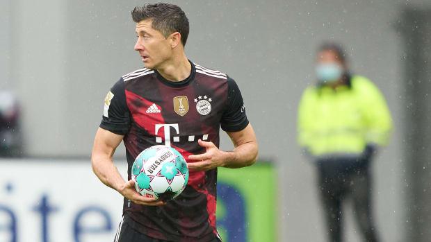 Robert-Lewandowski-Goal-Record