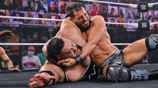 Johnny Gargano locks Bronson Reed in a submission hold at NXT TakeOver