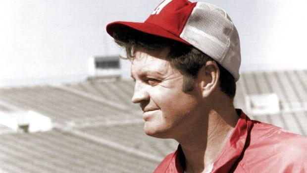 Tom Osborne, Nebraska football coach