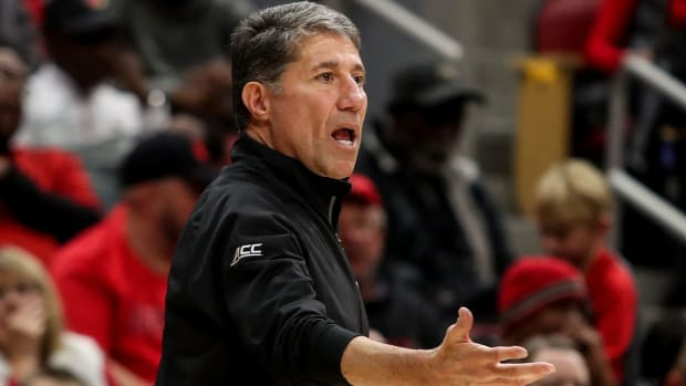 Louisville's assistant coach Dino Gaudio instructs the red team during the Red-White scrimmage on Oct. 12, 2019